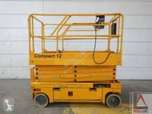 Haulotte Compact 12 自推进式升降机 剪刀式升降平台 二手