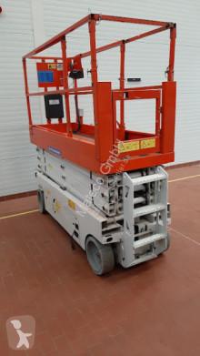 Genie GS-2632 piattaforma automotrice a forbice usata