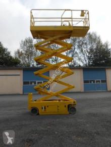 Pojízdná plošina Střihací plošina Genie GS 3246