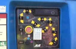 Se fotoene Lift JLG 800AJ