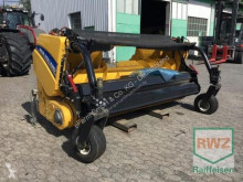 Rozdrabniacz do pni New Holland