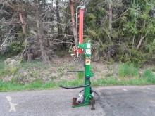 Lesnícky stroj Štiepačka dreva Thor