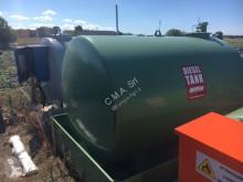 Cisterna, cuba, tonel de água usado