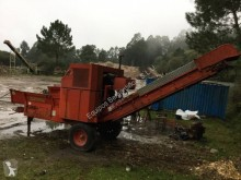 Caravaggi Wood chipper