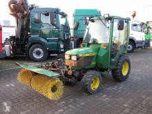 John Deere Trecker 4100 Kommunalfahrzeug used road sweeper