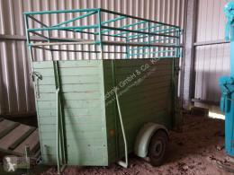 Poľnohospodársky náves Remorque à bétail príves na prepravu zvierat ojazdený