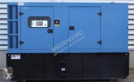 matériel de chantier John Deere 130
