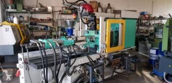 Material de obra Matériel nc 320C 500-250 Wtryskarka + robot Wittmann