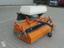 Material de obra nc Kehrmaschine Bema Serie 25 Typ: 2050 mit Sprüher otros materiales usado