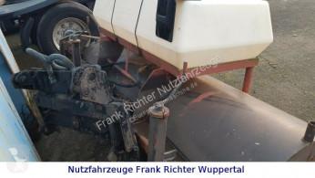 GE-RO Kehrmaschinenanbau für Schaeff 831-834 használt balayeuse