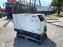 Kompressor Atlas Copco XAS 32 COMPRESSOR - 8 BAR - DEUTZ Diesel - Debiet: 1,8 m³/min - 2x G ¾ PERSLUCHT