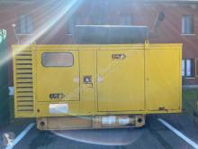 Material de obra Caterpillar 3208 - 150 KVA grupo electrógeno usado