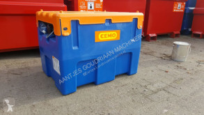 Piese tractor Réservoir AdBlue Adblue tank pour tracteur neuf