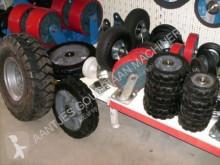Banden Zwenkwielen en bok wielen