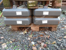 Claas Kontergew. 4x400kg Części ciągnik używana