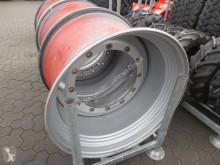 Michelin 2 Stück passend zu 710/85R38 Pneus occasion