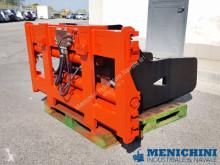 Части за подемно-транспортна техника аксесоари Auramo BALE CLAMP 7 TON