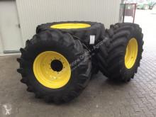 Trelleborg 600R28 & 650R42 Opony używana