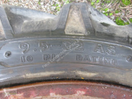 Repuestos 9.5-32 Neumáticos usado