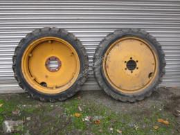 Repuestos Porsche 8.3/8-32 Neumáticos usado