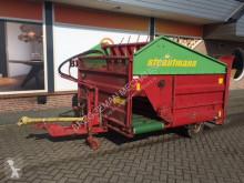 توزيع الأعلاف Strautmann blokkenwagen خلاطة مستعمل