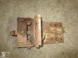 Repuestos Deutz-Fahr Hitch (Untenanhängung) für Deutz 8006 Repuestos tractor usado
