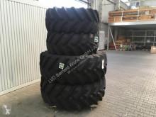 Trelleborg 540R24 & 600R38 Neumáticos usado