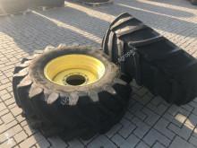 Pneus Trelleborg 600R30 & 710R42