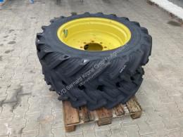 Repuestos Taurus 270/R42 - 11.2R28 Neumáticos usado