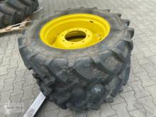 Repuestos BKT 320/70 R 24 Neumáticos usado