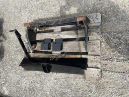 Kommunalplatte/ Anbauplatte Náhradní díly k traktoru použitý