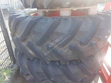 Pneus Pirelli 580/70 R42