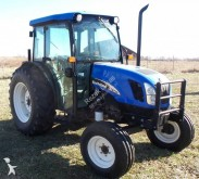 New Holland farm tractor TN75DA