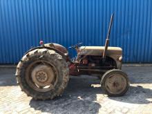 zemědělský traktor Massey Ferguson FF 30 DS, Massey-Harris-Ferguson