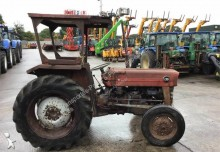 Tarım traktörü Massey Ferguson 135