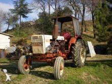 Tractor agrícola Belarus T40 usado