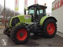Tractor agrícola Claas AXION 820 CEBIS usado