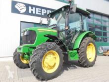 tracteur agricole John Deere 5050 E