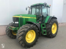 trattore agricolo John Deere 7710