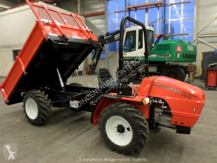 Voir les photos Tracteur agricole Goldoni TRANSCAR 28 RS
