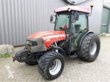 tracteur agricole Mc Cormick F85N