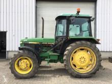 trattore agricolo John Deere 2250