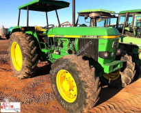 ciągnik rolniczy John Deere 3350
