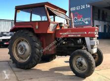 landbouwtractor Massey Ferguson 135
