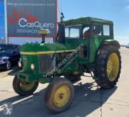 Tractor agrícola John Deere 3135 usado