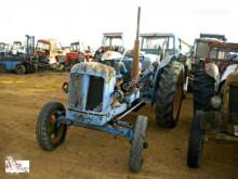 Tractor agrícola Micro tractor Ebro 48 pour pièces détachées