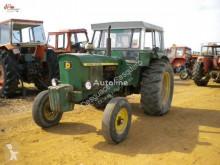 tracteur agricole John Deere 2130