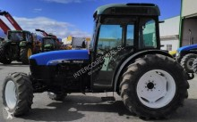 tractor agrícola tractora antigua New Holland