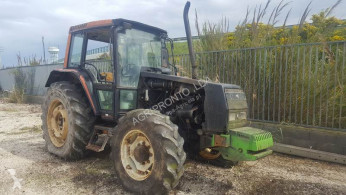 tractor agrícola Valmet 6400