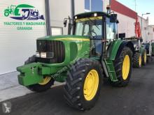 Tractor agrícola John Deere 6520 usado